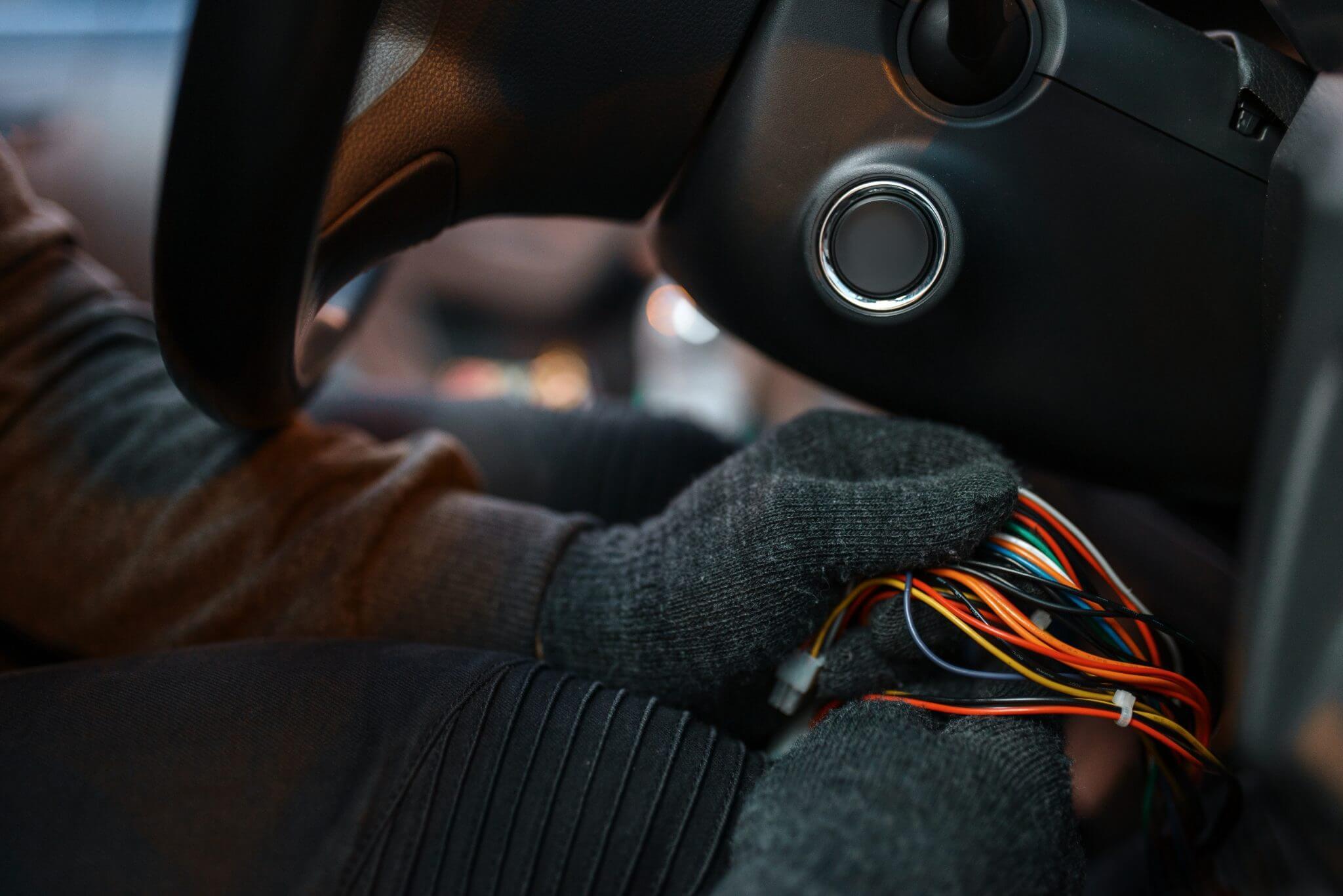 automobilio signalizacijos atjungimas